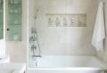 Aménagement petite salle de bain 2m2 – astuces gain de place et exemples déco