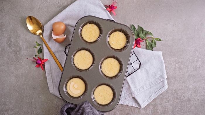 idée comment faire du pain au lait recette yorkshire pudding maison à base d oeufs lait et farine dessert au chocolat et sucre glace