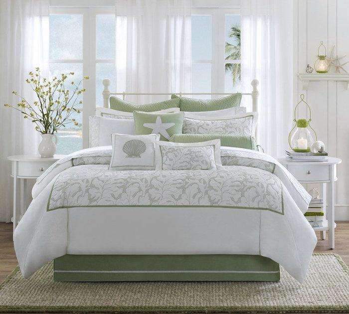 idée de décoration chambre à coucher pour adultes, deco chambre lumineuse blanche, duo de couleurs pour chambres blanc et vert