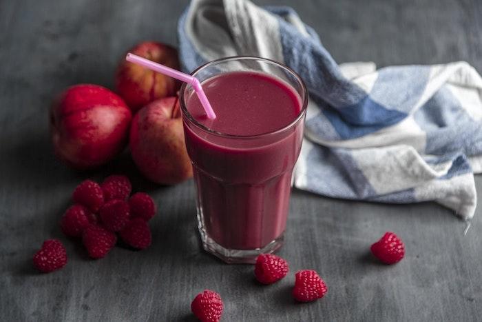 Tendance fond d'écran photo pour fille idée inspiratrice pour le desktop healthy trend smoothie de fraises et pommes