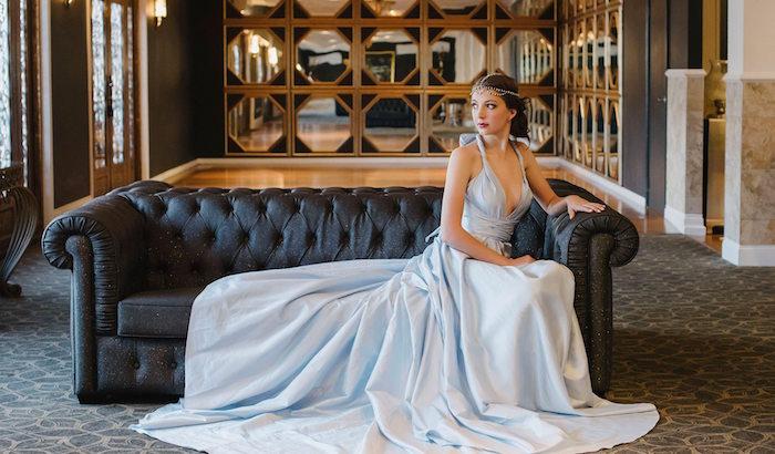 modele de robe élégante pour mariage bleu ciel, robe mariée princesse tres longue