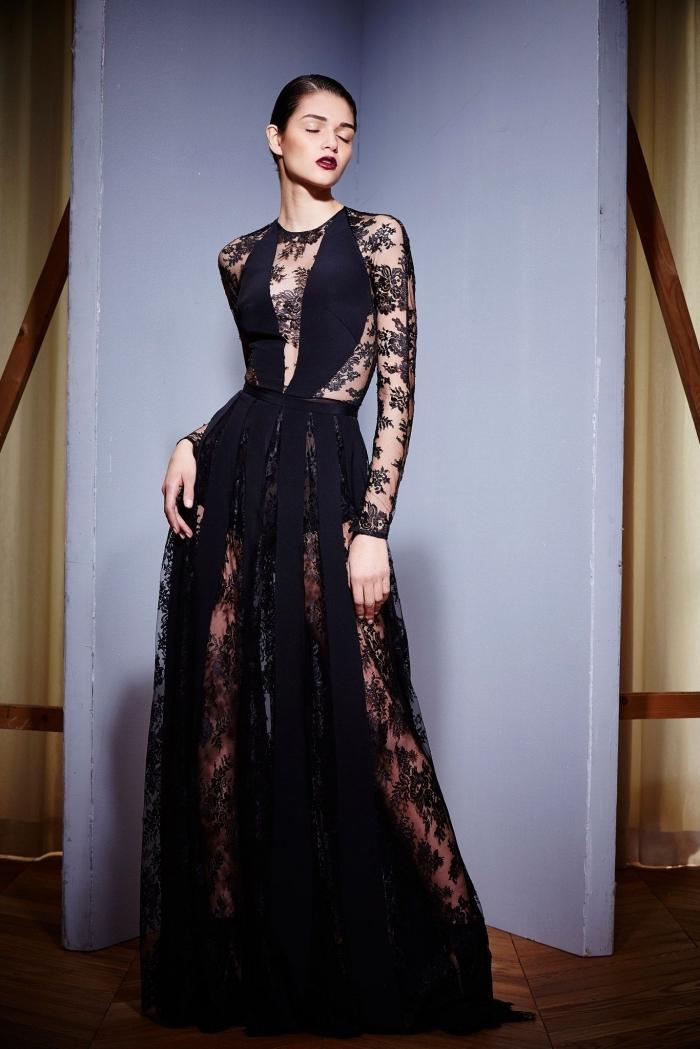 modèle de robe de soirée chic aux manches longues et transparentes de couleur noire avec dentelle florale et volants