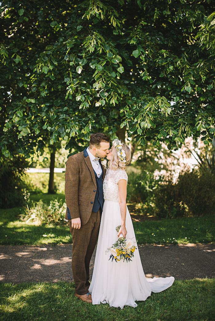 Adorable couple robe de mariée simple dentelle robe de mariée verte chic robe