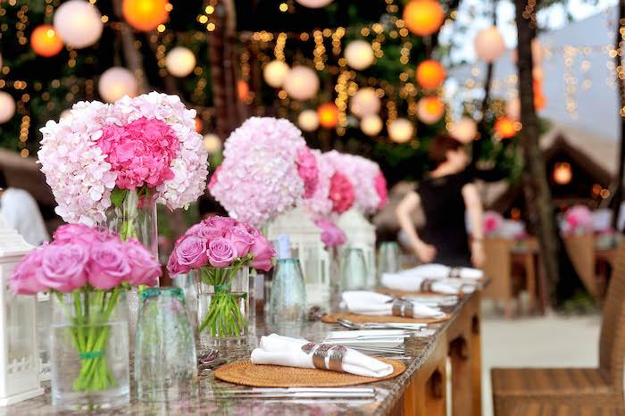 Splendide image de fleurs mariage images de belles fleurs dans vases en verre roses