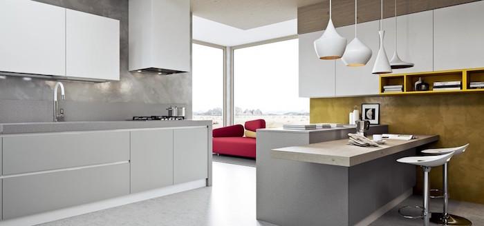 associer les couleurs dans une cuisine avec gris clair et jaune moutarde