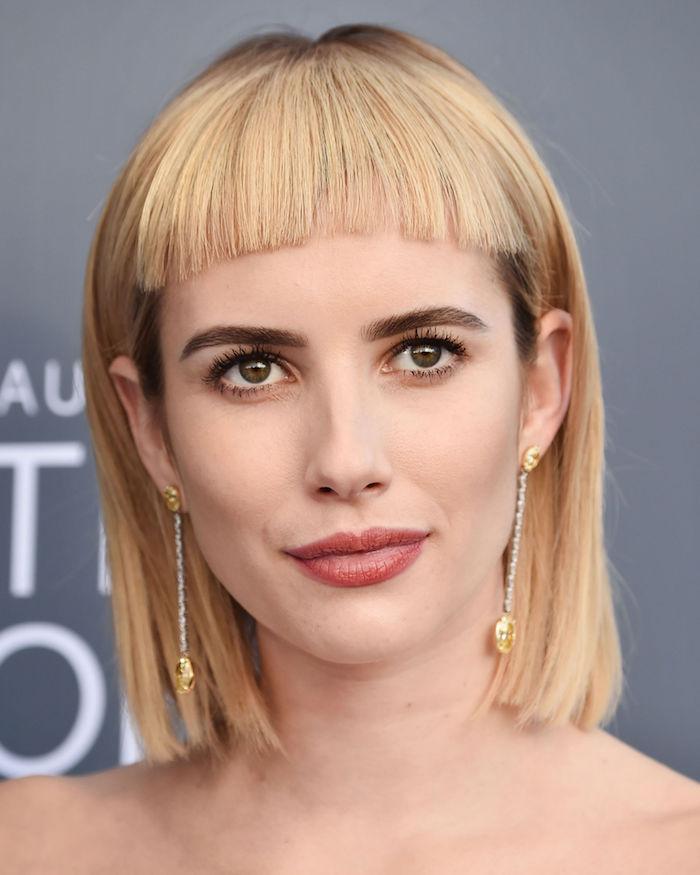 idée de frange courte cheveux blond en carré droit mu long, idée de coupe femme courte originale