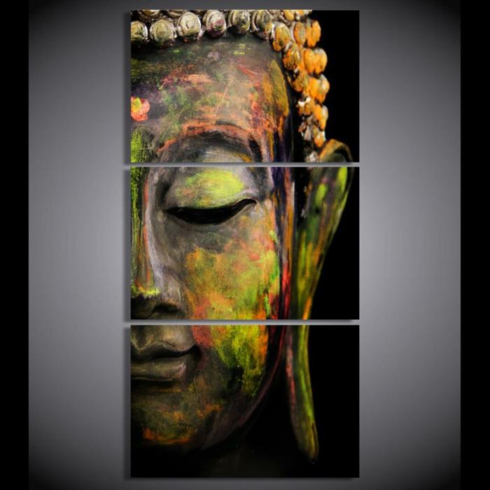 visage de Bouddha en couleurs vives, feng shui salon, mur en couleur grise, ambiance minimaliste paisible, deco ethnique