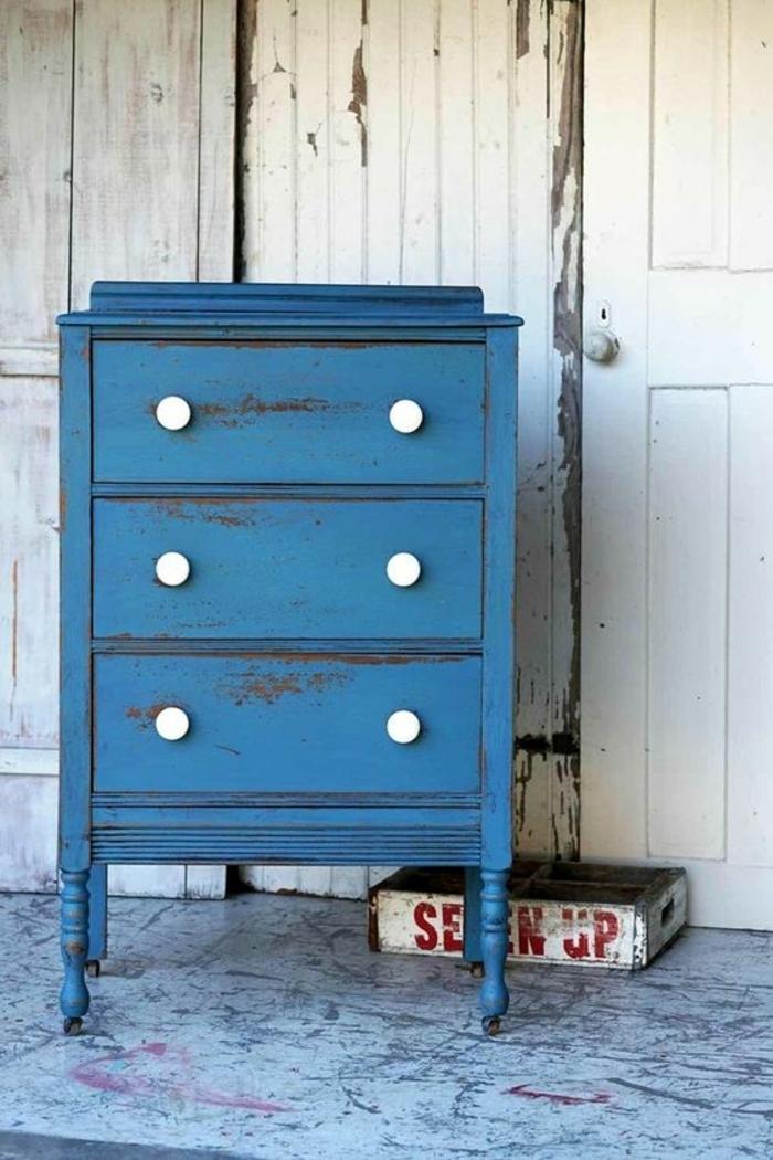 comment peindre un meuble vernis sans décaper, petit buffet style vintage