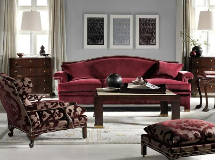 chaises baroques modernes, peinture pour salon neutre, tepis pale, table de séjour en bois