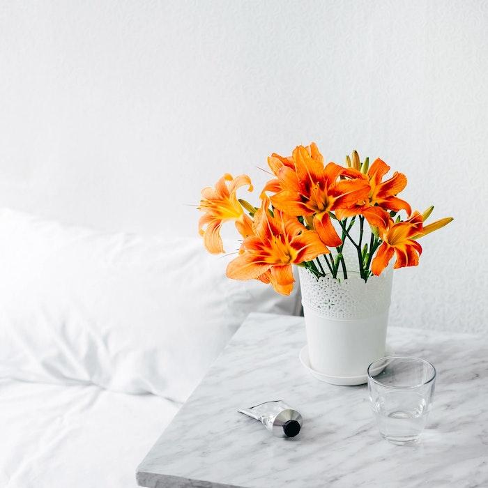 Belle photo pour fond d'écran violet fond d'écran fleurs dans vase