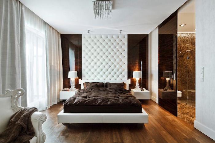 qulle idée pour une deco suite parentale classique et moderne, chambre adulte classy avec salle de bain, mur capitonné, déco chambre blanc et marron