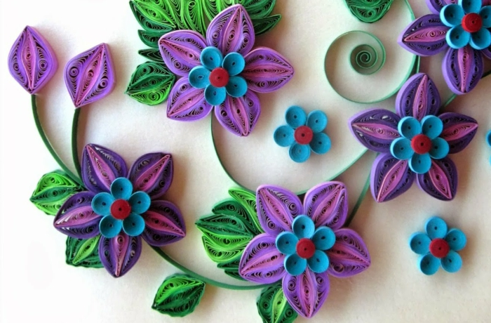 composition florale bouquet en lilas et bleu, design joli de fleurs en papier