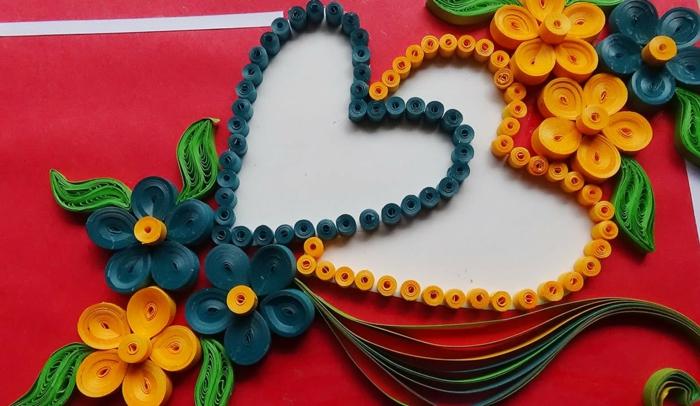coeurs et fleurs en papier, designs multicolores créés par des loisirs créatifs