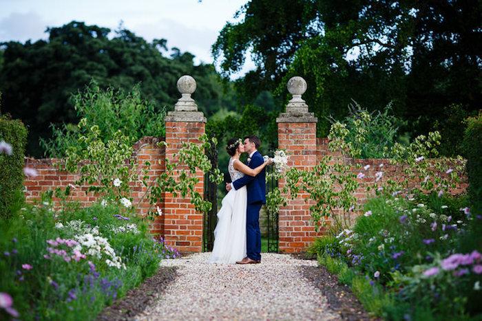 Romantique mariage robe de mariage civil chic robe de mariée simple et chic