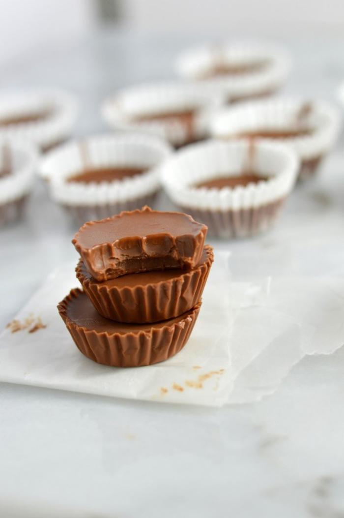 idée dessert facile et pas cher, recette de fufge au nutella préparé avec seulement deux ingrédients