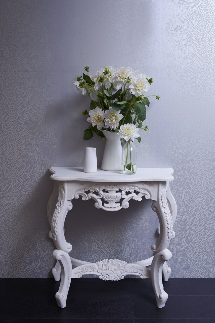 repeindre et renover table, table console vintage style shabby couleur blanche