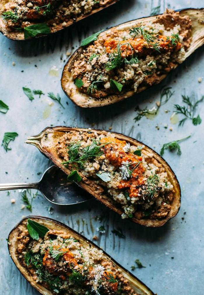 repas minceur, repas dietetique, repas du soir léger, aubergines farcies aux légumes avec du basilic et de l'aneth, soirée régime