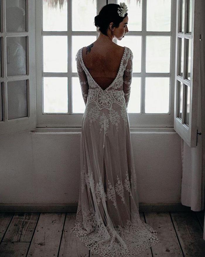 robe mariee boheme longue en dentelle transparente avec dos nu