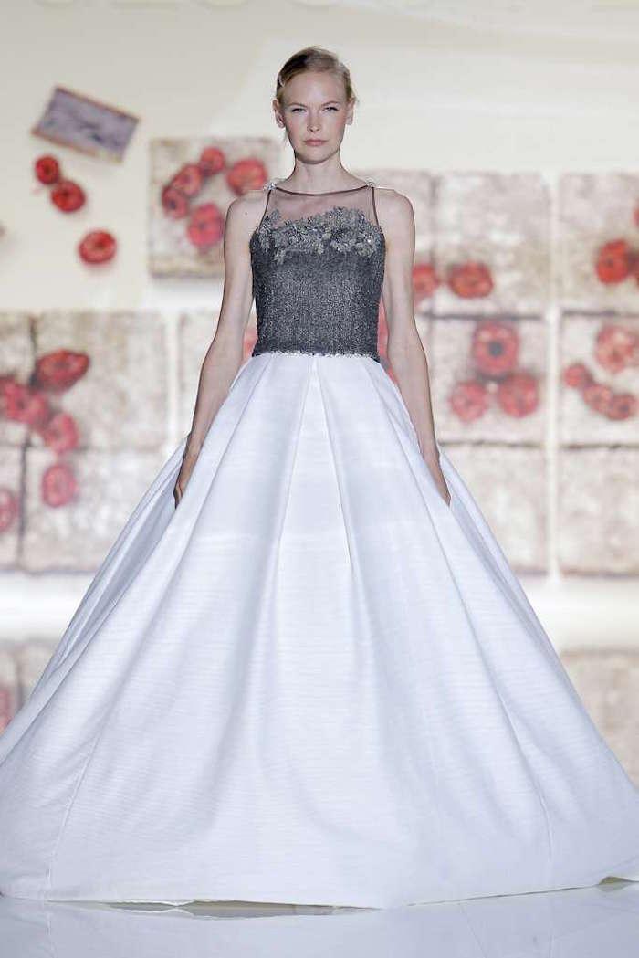 robe de mariée luxe en satin, robe en soie pour mariage haut de gamme
