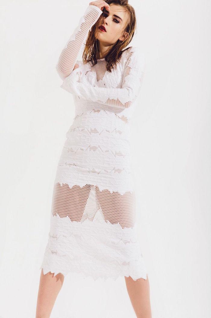 robe de mariée originale courte et longue blanche, tenue mariage femme punk