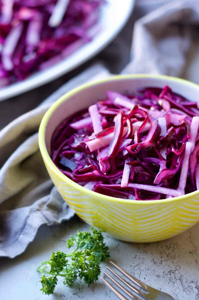 salade de chou rouge et de betteraves rouges, repas minceur, repas dietetique, soirée légèreté, recette legere, idee repas soir, légumes frais