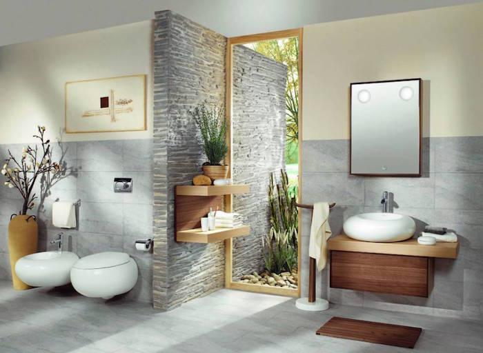 salle de bain zen avec carrelage mural gris marbre et peinture murale beige clair