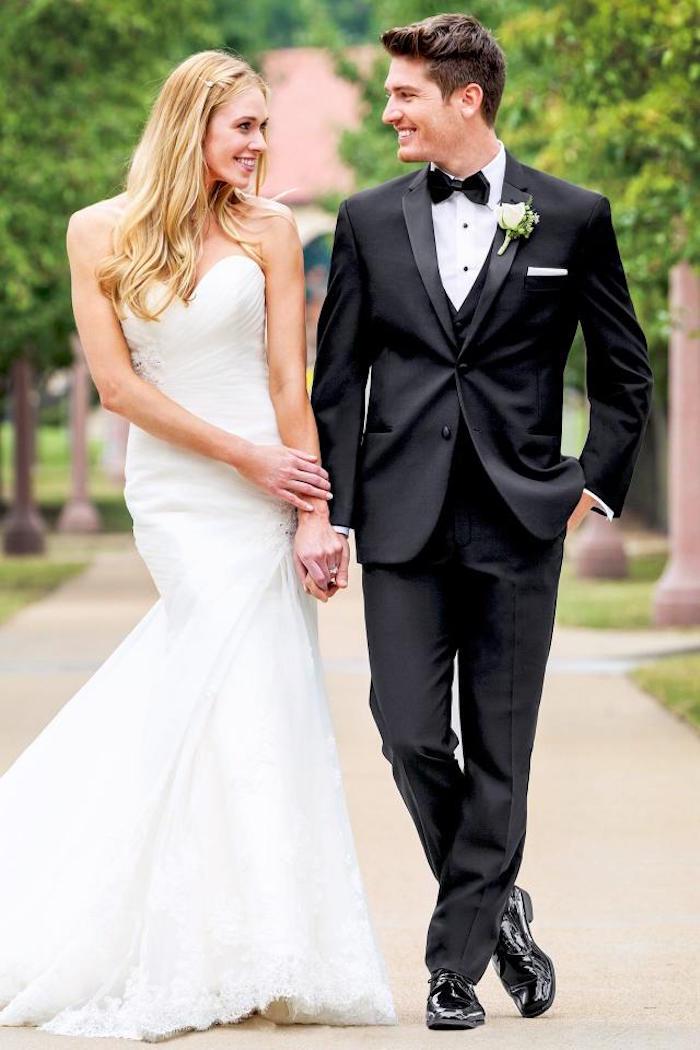 tenue de marié homme, smoking noir trois pièces pour mariage simple
