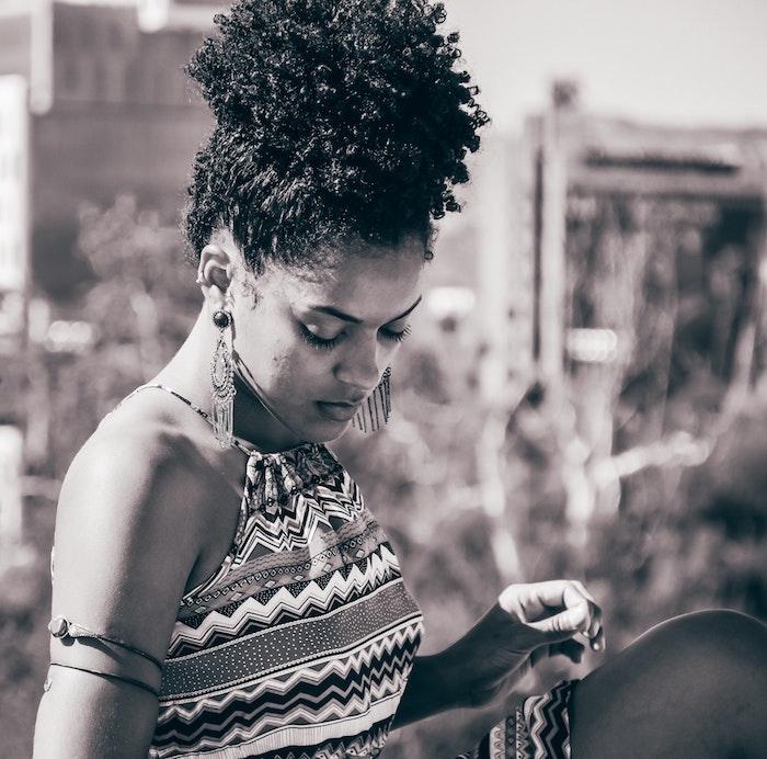 1001 photos pour la coiffure africaine savoir les options. Black Bedroom Furniture Sets. Home Design Ideas