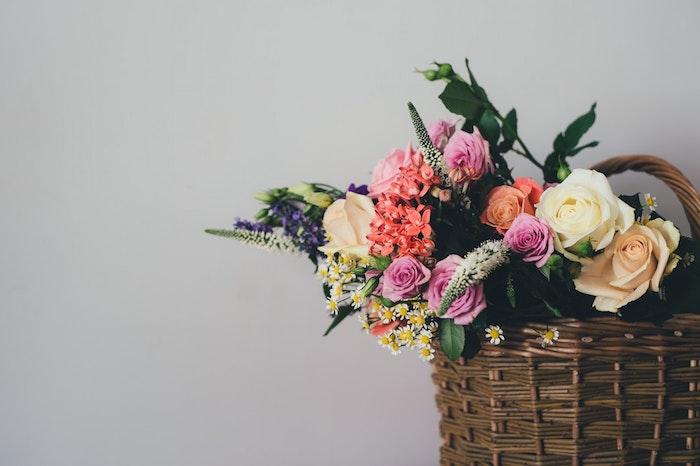 Quelle image pour fond d'écran fleur rose fond d'écran fleuri basket de fleurs bouquet chouette photo pour fond d'écran