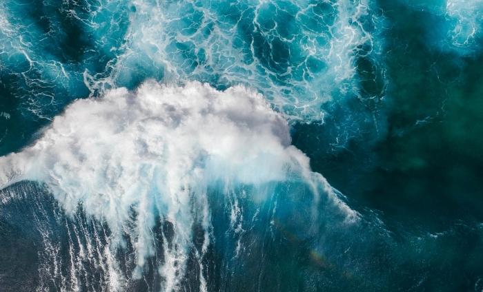 fond d écran magnifique à thème eau dans la nature, photo incroyable d'une cascade d'eau gigantesque