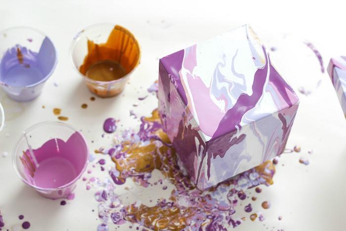 Simple activité manuelle adulte activité manuelle facile et rapide beaux objets comment peindre une boite pour ressembler à marbre effet