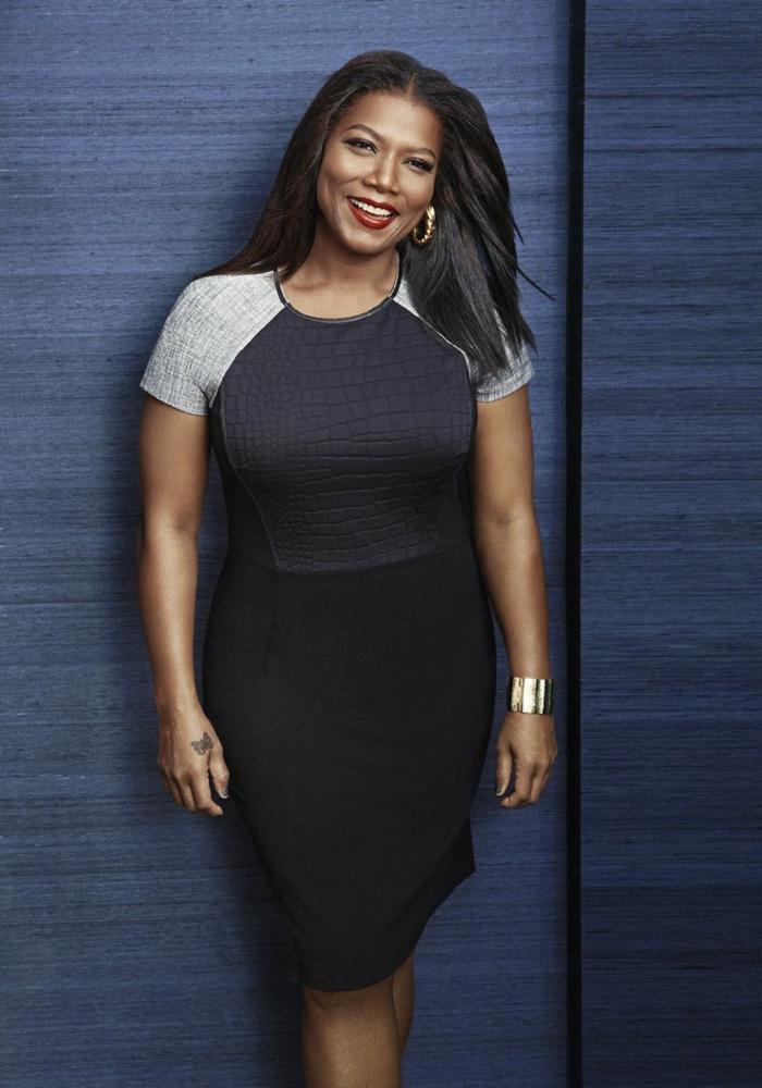 vetement femme ronde porté par Queen Latifah, bracelet statement lumineux, robe en gris et noir