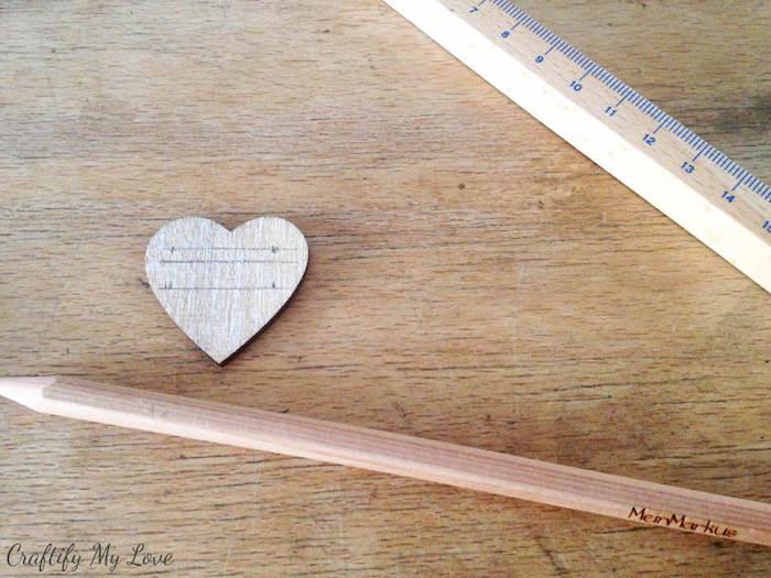 Apprendre artisinat activité manuelle facile et rapide activités manuelles etre habile écrire sur bois