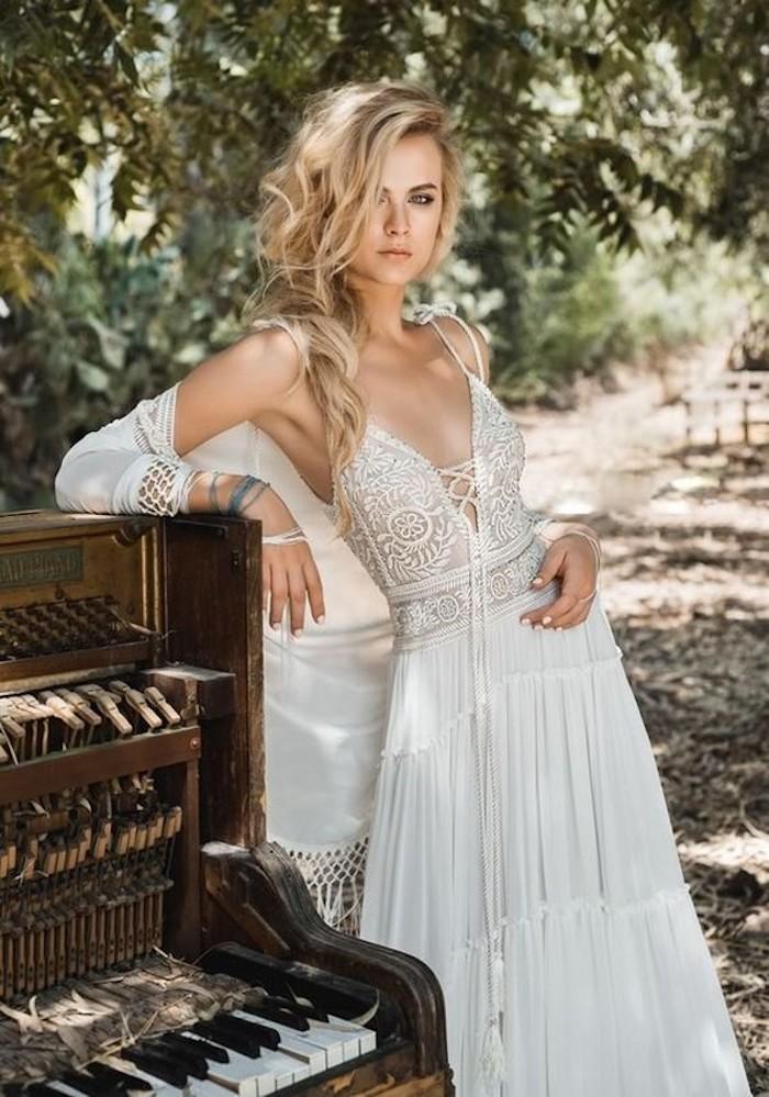 Une tenue hippie chic robe longue hippie chic ou robe courte blanche moderne style magnifique robe de soirée blanche bohème