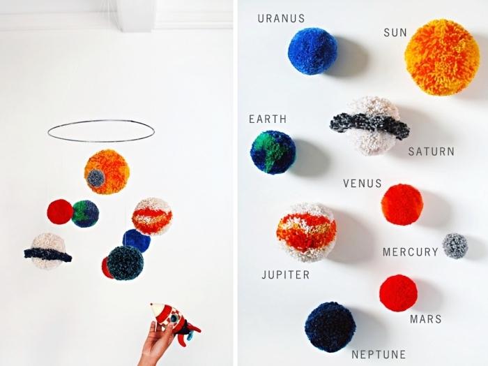 comment décorer la chambre enfant à design astronaute, suspension de plafond avec boules de laine colorés