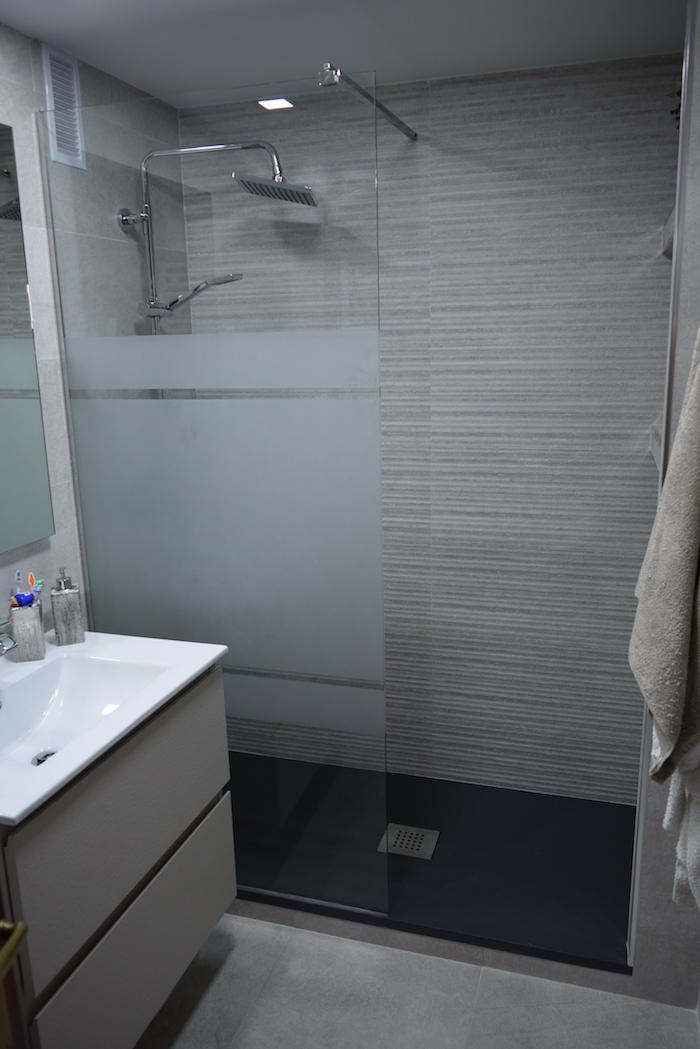 Aménager Un Douche à L Italienne Avec Porte Vitrée Dans Petite Salle De Bain