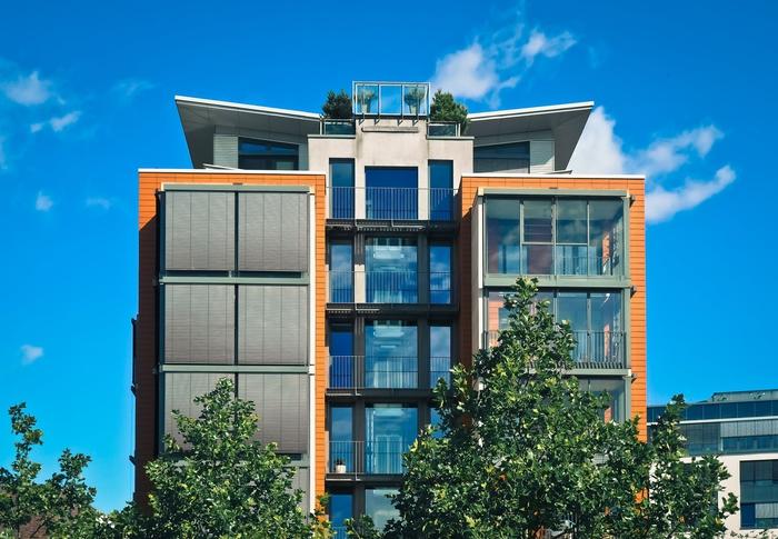 habiter un appartement neuf permet de bénéficier des dernières techniques innovantes en matière de sécurité et de performance énergétique