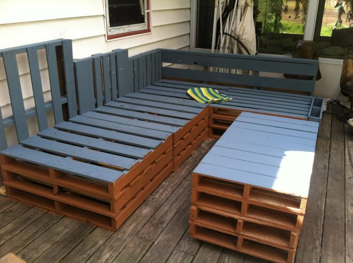 meubles de jardin en palettes des id es pour des mod les fonctionnels obsigen. Black Bedroom Furniture Sets. Home Design Ideas