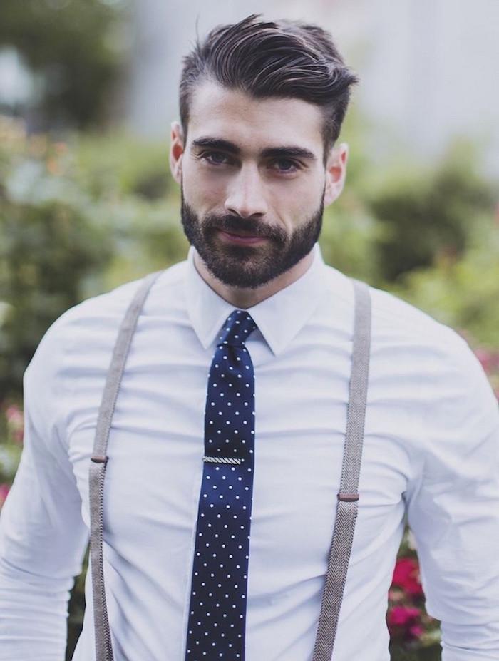 modele barbe courte taillée pour visage carré dégradé pour hipster en costume