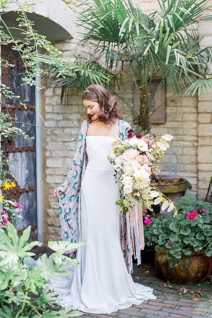 Originale robe de mariée 2018 point mariage choisir une robe boheme longue kimono top pour une robe de mariée bohème chic