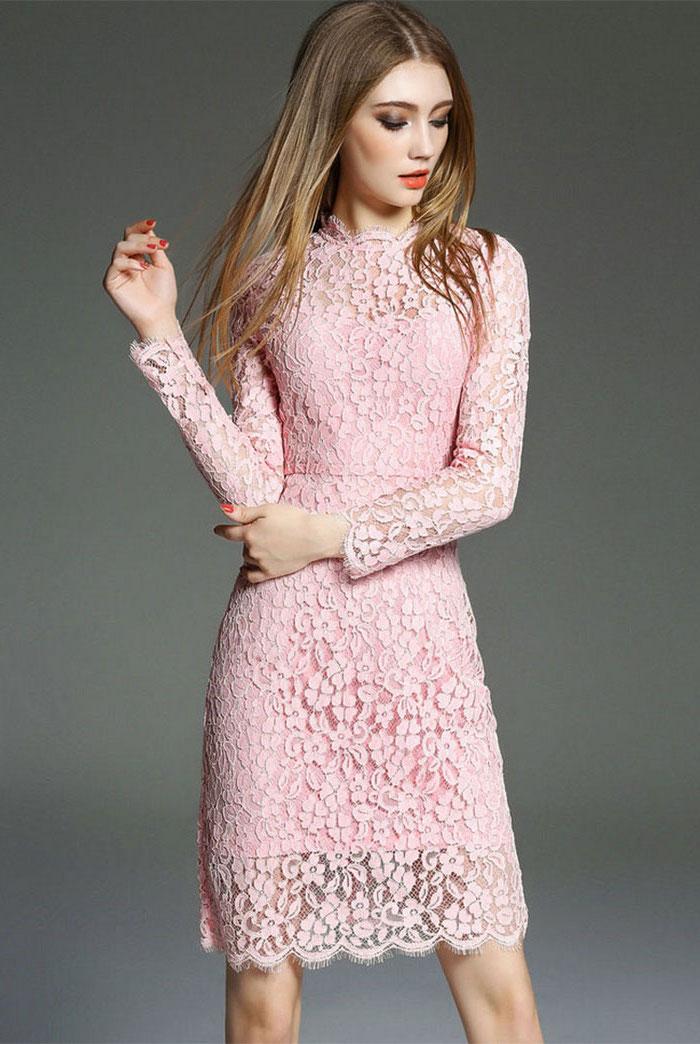cfc291b7d53 Tenue de soirée femme robe ceremonie femme 50 ans idée tenue simple robe  dentelle rose