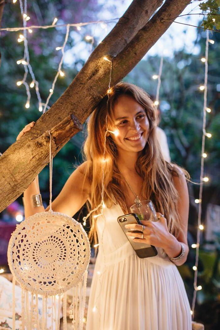 Cool idée robe dentelle blanche boheme robe bohème blanche chouette photo de femme guirlande lumineuse party