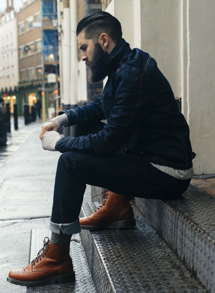 modele de bottines montantes en cuir homme tendance type wingtip boots