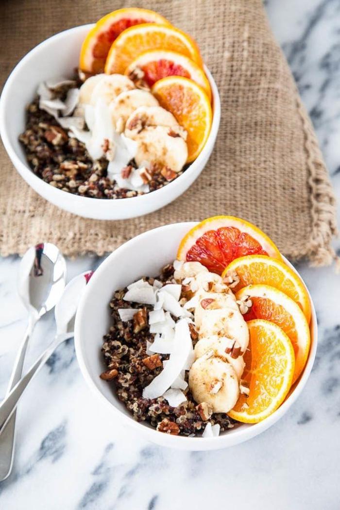idée pour un petit déjeuner idéal pour l'hiver, recette de porridge de quinoa réconfortant à la vanille, cannelle et agrumes