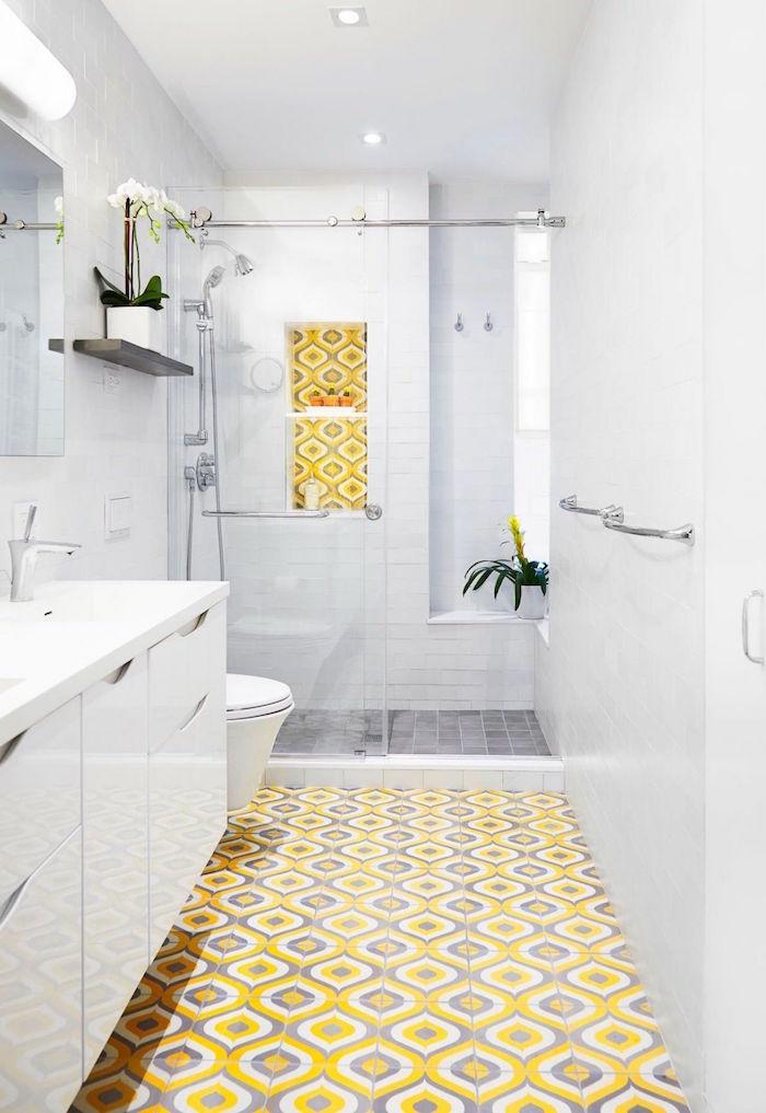 1001 id es trouvez l 39 id e carrelage salle de bain qui for Decoration salle de bain jaune et gris