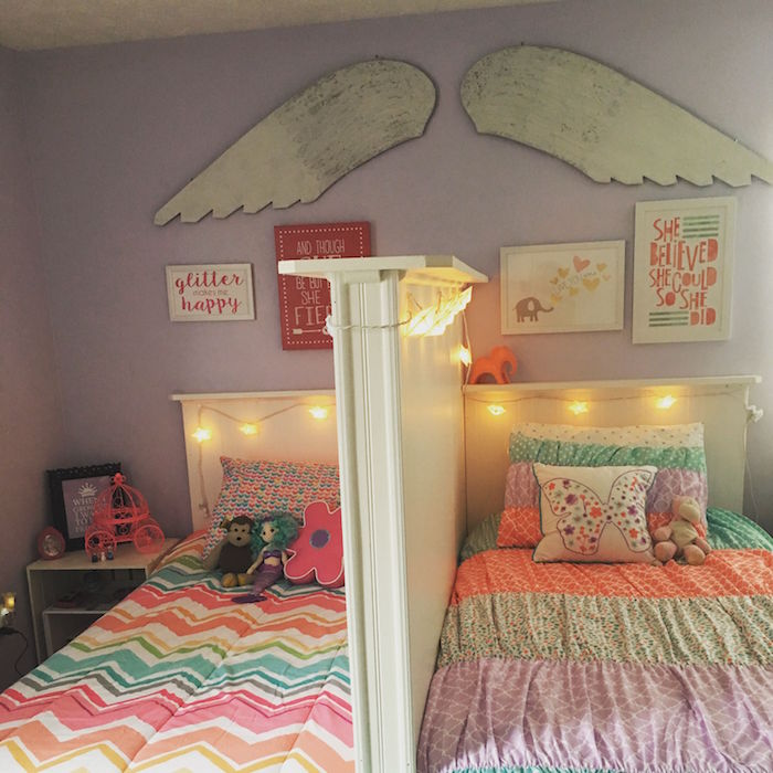 aménagement chambre pour enfants frere et soeur avec séparation de lit