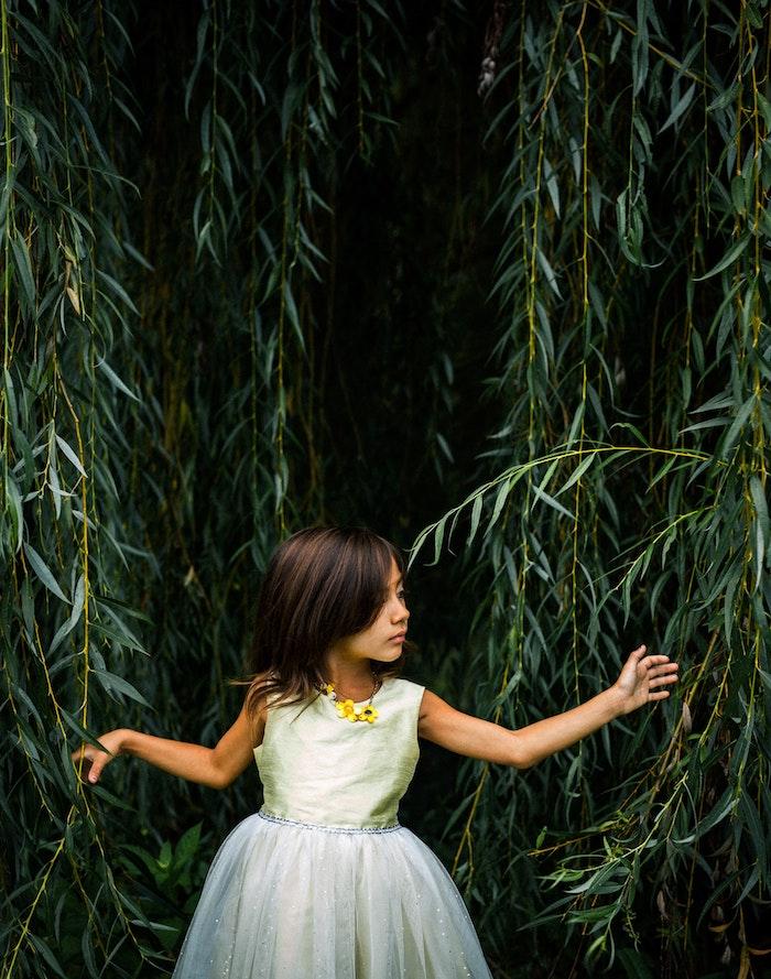 Coupe enfant fille coiffure petite fille mariage coupe carre enfant coupe moderne coupe petite fille tendance avec frange à côté