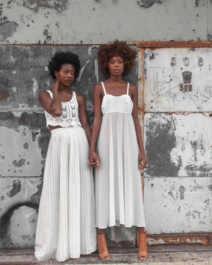 Robe longue d'été boheme chic robe d été longue belle printemps comment s'habiller aujdourd'hui deux amies blanche tenue bohème soirée