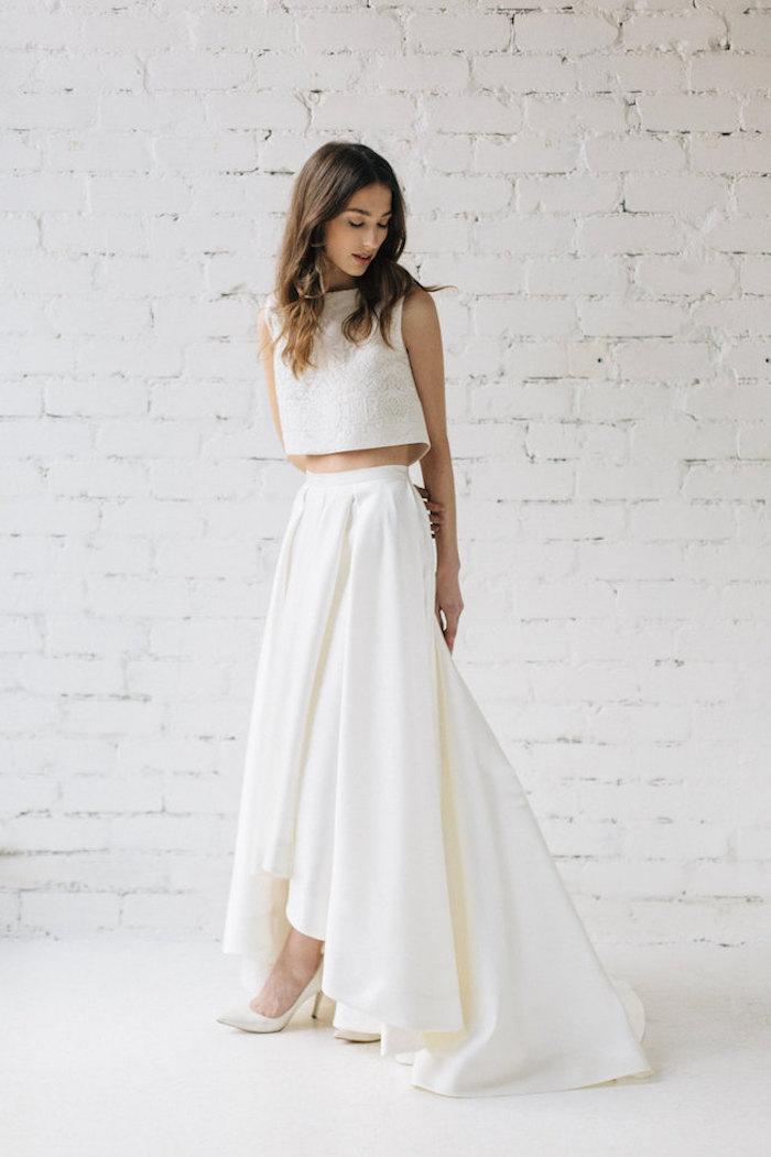 Plus belle robe de mariée femme choisir le style bohème chic pour son mariage deux pièces robe blanche jupe longue