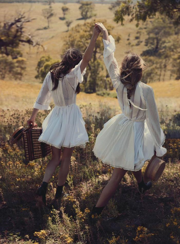 Style boheme chic blanche robe boheme courte porter une robe blanche tendance 2018 idée vetements robe boheme vintage courte